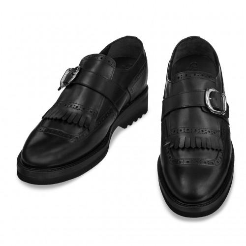 chaussure à boucle rehaussante